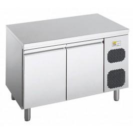 Backwarenkühltisch