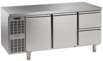 Kühltisch, 3 Abteile, steckerfertig, 2 Türen, 2 Schubladen 1/2 Korpushöhe: 650 mm, Tiefe: 700 mm