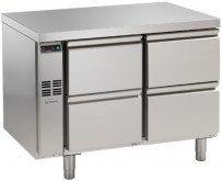 Kühltisch, 2 Abteile, zentralgekühlt, 4 Schubladen 1/2 Korpushöhe: 650 mm, Tiefe: 700 mm