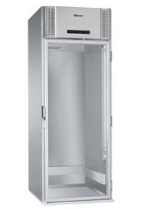 Durchfahr-Kühlschrank - Mit Massiv- und Glastür von Gram